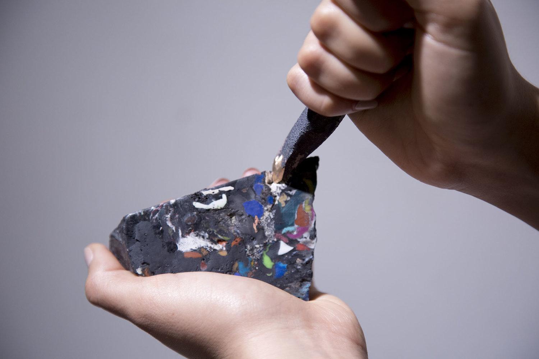 Hoá thạch nhựa sắp trở thành tài nguyên quý giá?