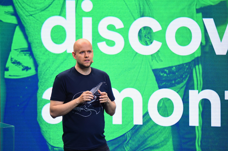Apple Music vs. Spotify: so sánh các dịch vụ streaming