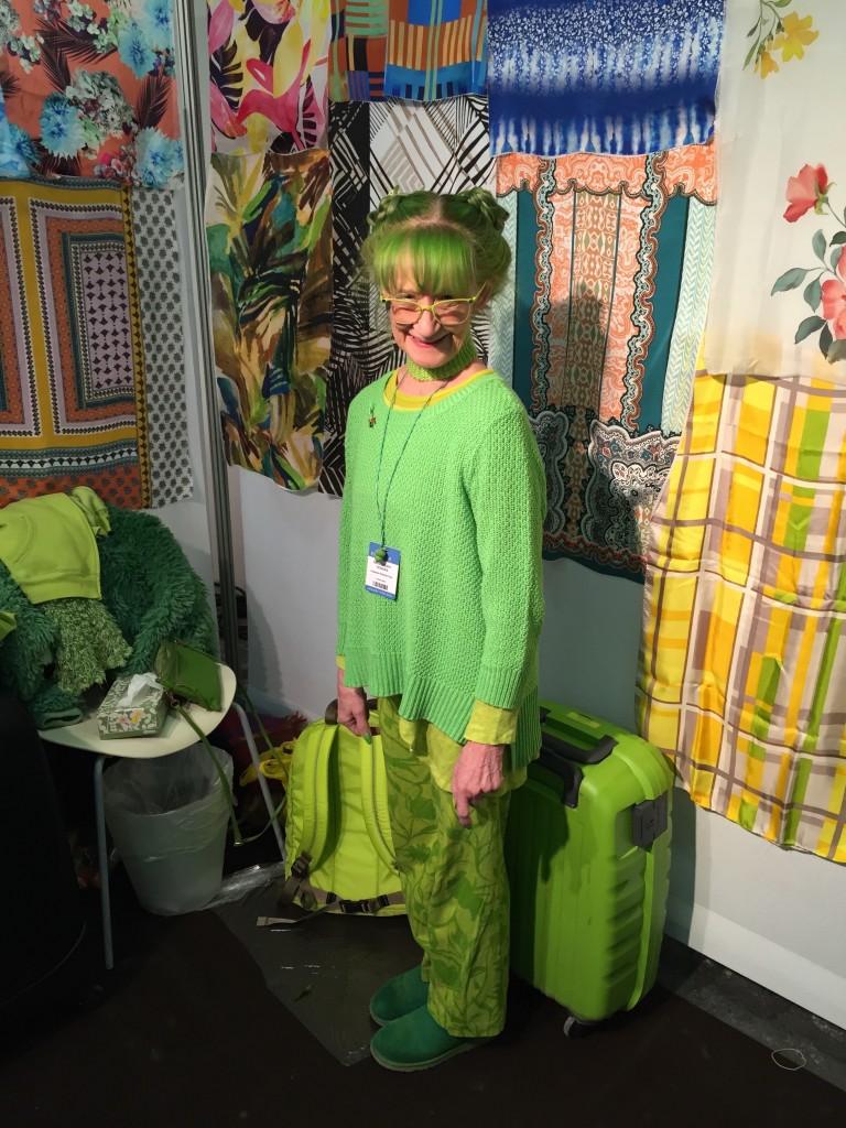 idesign green lady quy ba mau xanh 01