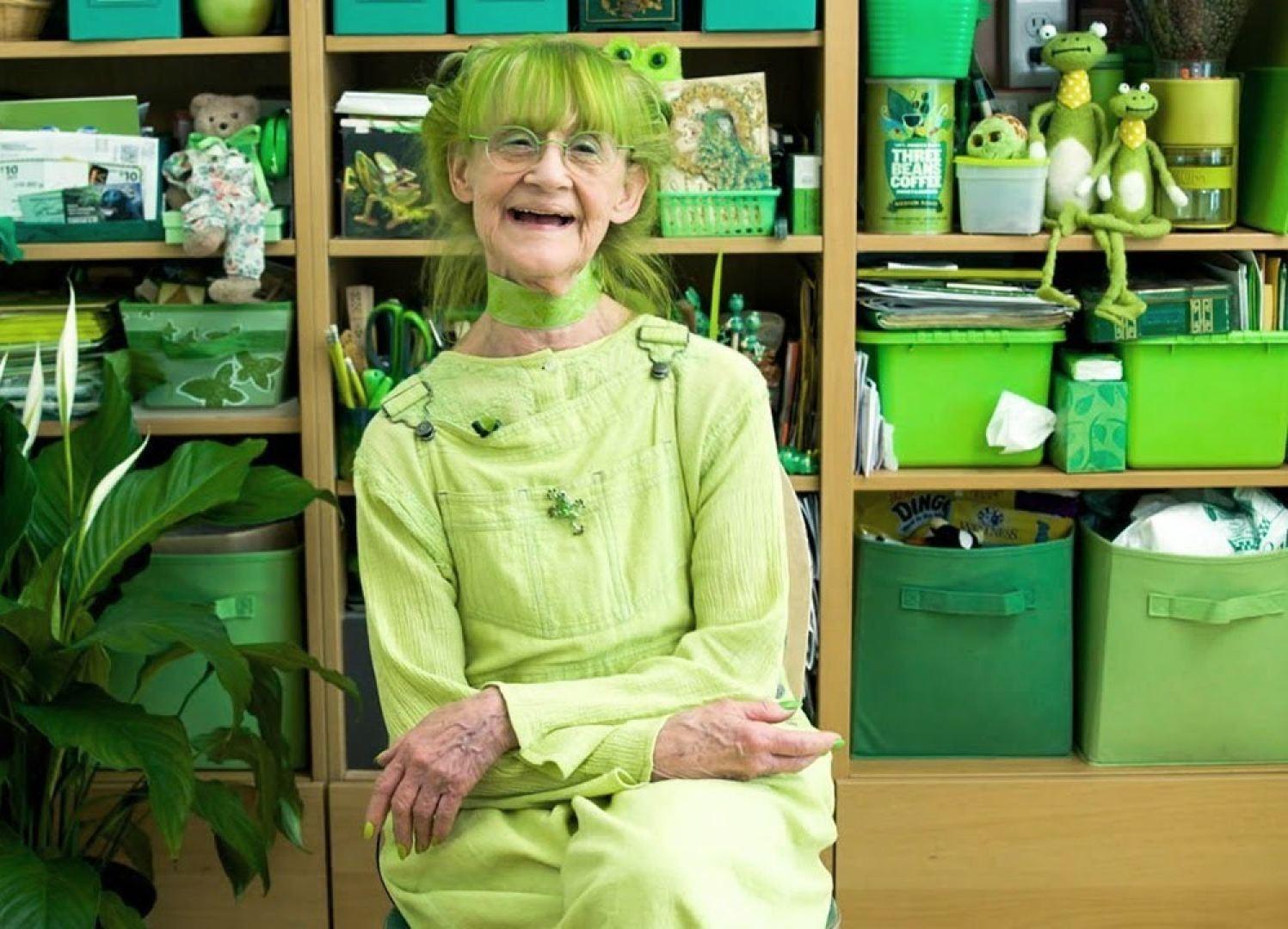 idesign green lady quy ba mau xanh 02