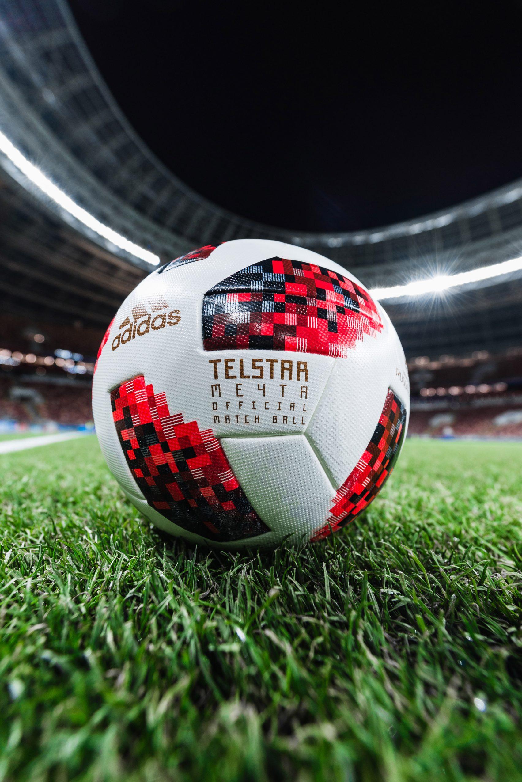 adidas football telstar mechta design dezeen 2364 col 25 1704x2552