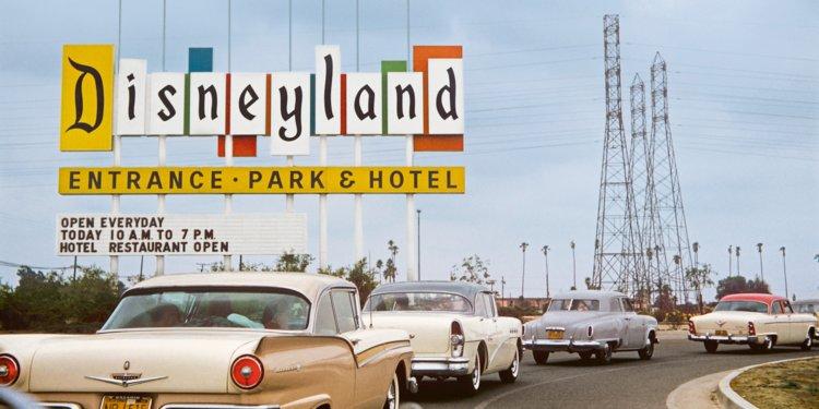 Disneyland và tâm lý học trong thiết kế