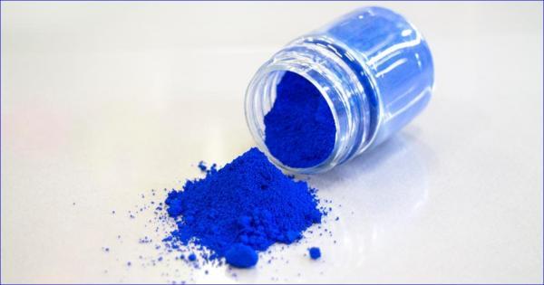 Câu chuyện về nguồn gốc của YlnMn - chất 'màu xanh' từ phòng thí nghiệm