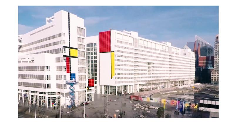 """Tòa thị chính The Hague - """"Bức họa Mondrian lớn nhất thế giới."""""""