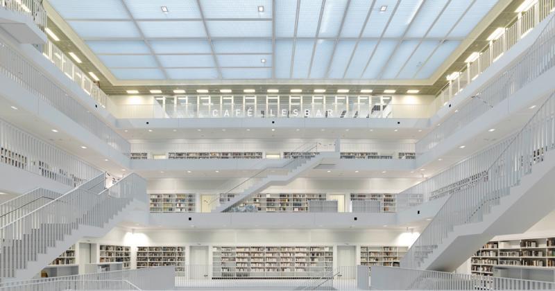 Thư viện thành phố Stuttgart mang vẻ đẹp tinh khiết