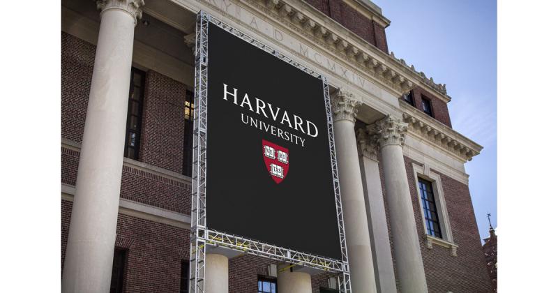 Đại học Harvard thay đổi bộ nhận diện của trường học
