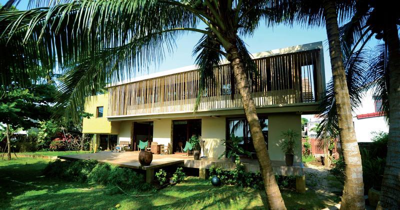 Nét đương đại trong căn nhà ven sông ở làng chài Phúc Hải