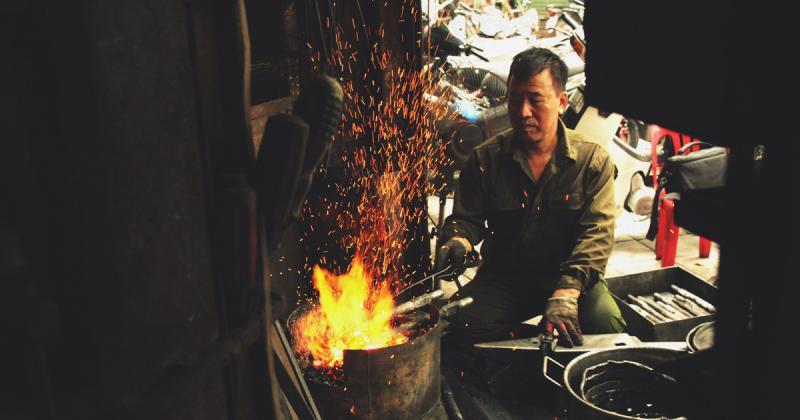 Chuyện người thợ cuối cùng ở phố Lò Rèn Hà Nội
