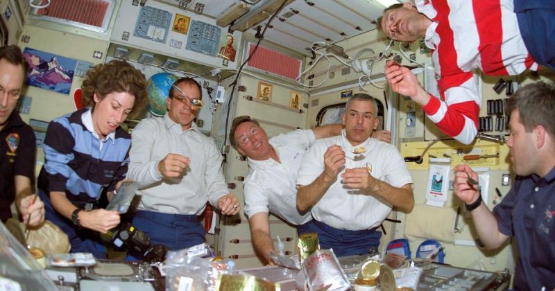 Thức ăn của phi hành gia có bao bì thế nào?