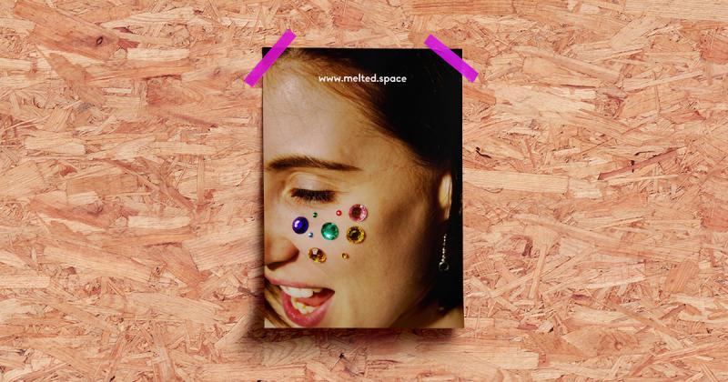 Melted - Công ty trang sức acrylic mang hơi hướng đương đại