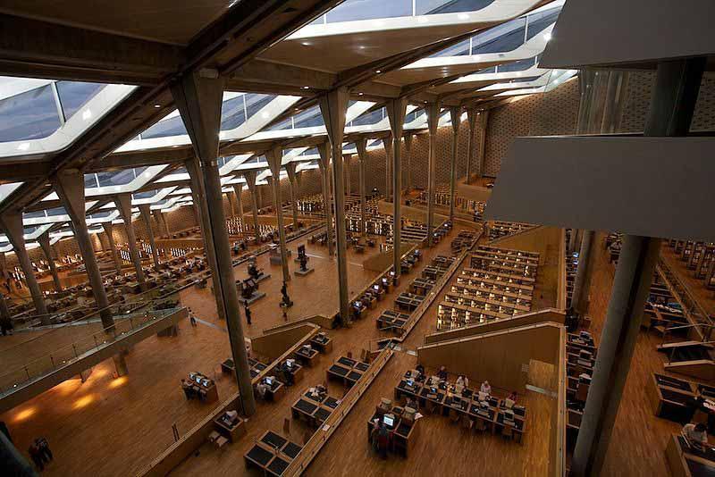 Thư viện Hoàng gia Alexandria - Trung tâm văn hoá bên bờ biển Địa Trung Hải