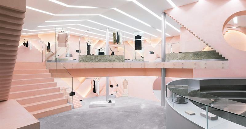 Novelty - Không gian nội thất ấm áp và nữ tính cho cửa hàng thời trang may mặc