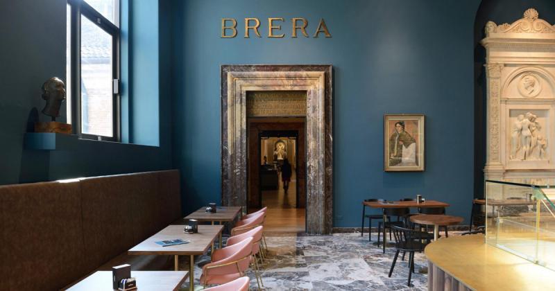 Quán cà phê Fernanda chào đón du khách vào không gian bảo tàng thi vị