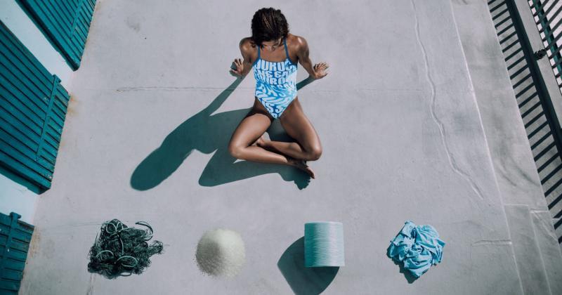 Adidas làm đồ bơi từ lưới đánh cá