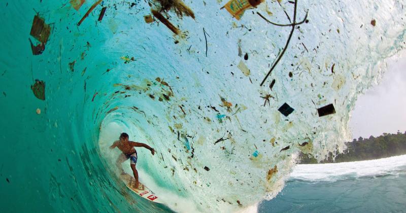 5 bộ phim tài liệu khiến bạn chậm lại 1 phút khi dùng đồ nhựa