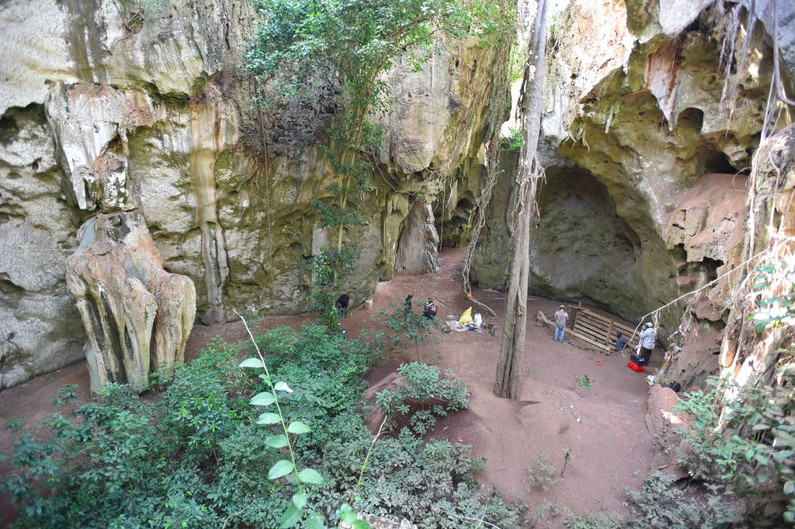 Tìm thấy hang động nơi con người sống suốt 78,000 năm nay tại Kenya