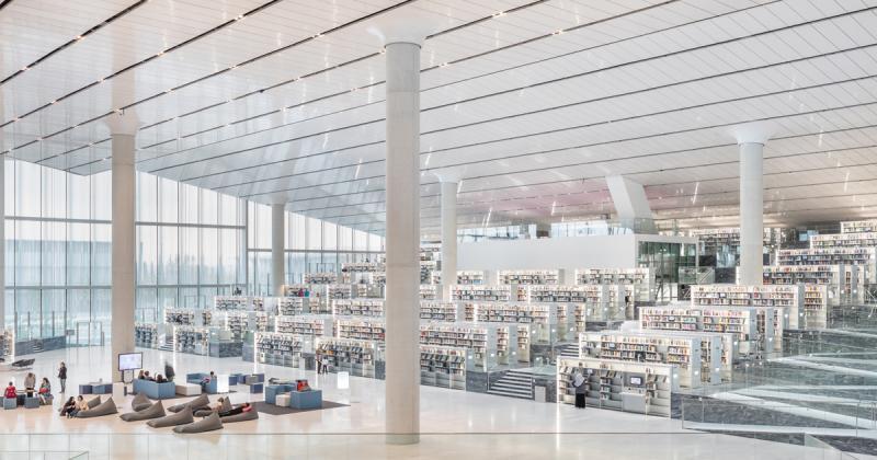 Thư viện Quốc gia Qatar với sảnh chứa sách rộng ngút ngàn