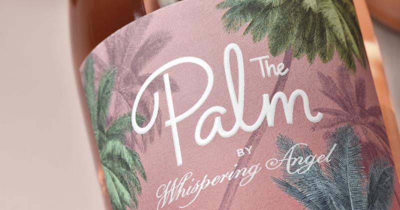 """The Palm - Dòng rượu truyền tải """"lối sống màu hồng"""" đến nữ giới"""