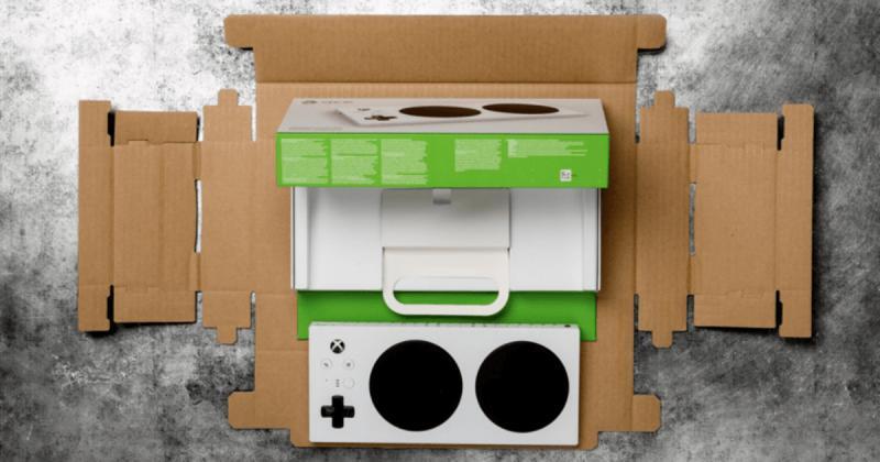 Xbox Adaptive Controller giới thiệu bao bì dễ khui mở dành cho người khuyết tật