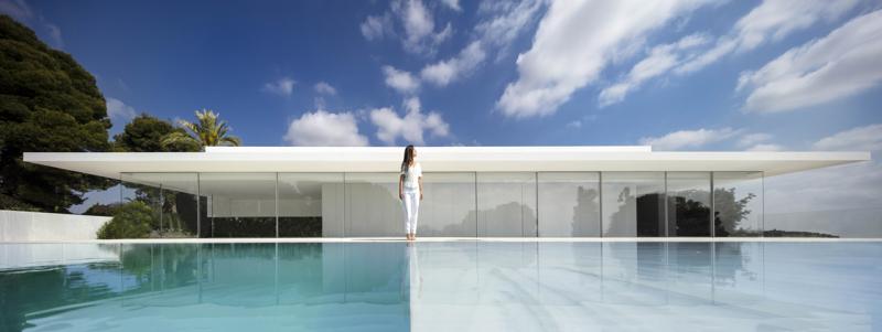 Tham quan Casa Hofmann, ngôi nhà với bốn bề bằng kính!
