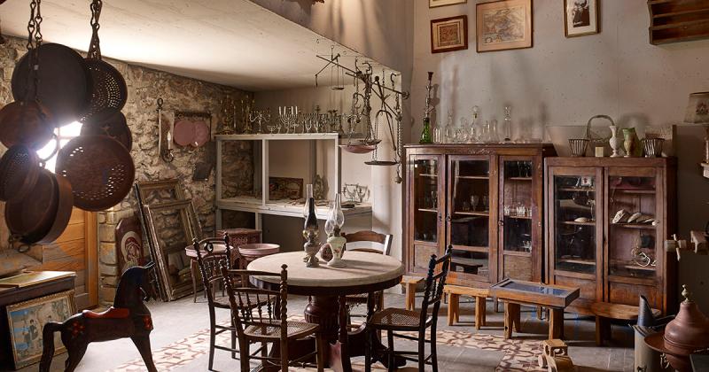 Ghé thăm khách sạn thô mộc với ẩm thực Địa Trung Hải tuyệt vời