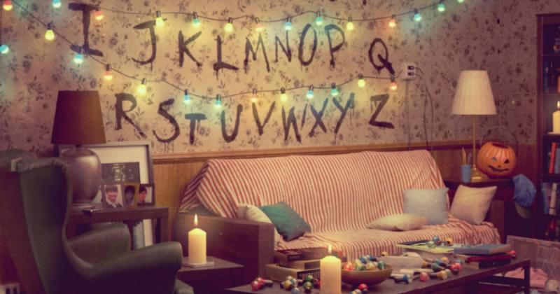 Tái tạo những phòng khách trong TV show nổi tiếng từ đồ nội thất của IKEA