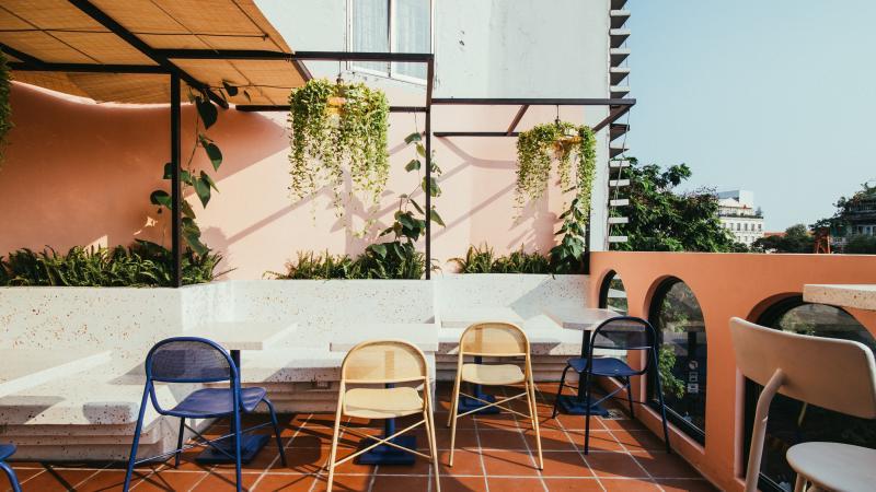 Đi thăm Café Marcel đậm đà phong vị Pháp ngay giữa lòng Sài Gòn