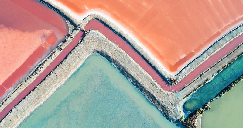 Chiêm ngưỡng những ruộng muối đa sắc màu tại Úc