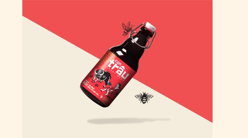 Bao bì bia thủ công Con Trâu lấy cảm hứng từ dòng tranh Đông Hồ