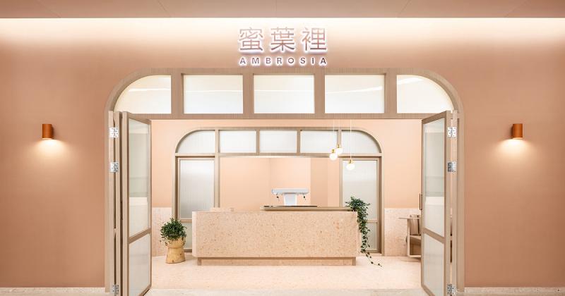 [Case-study] Tiệm trà sữa dịu dàng từ thiết kế nhận diện đến không gian