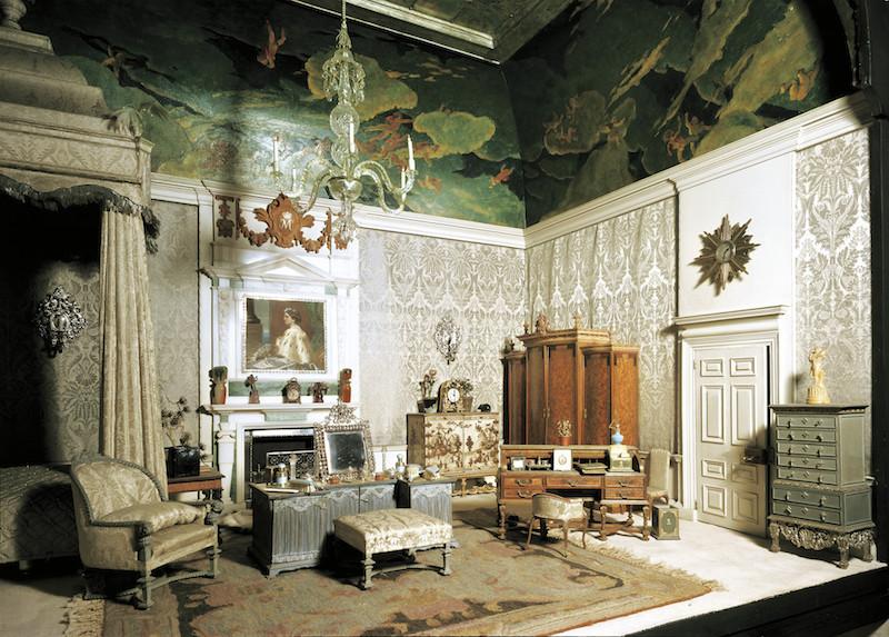 Ngắm nhìn thế giới thu nhỏ bắt mắt và tinh xảo trong bộ sưu tập của Hoàng gia Anh
