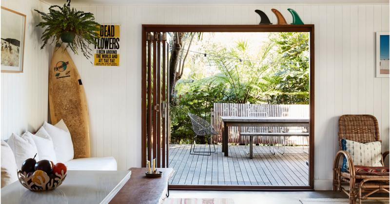 Tu sửa căn hộ 60 mét vuông thành không gian dành cho gia đình ba người
