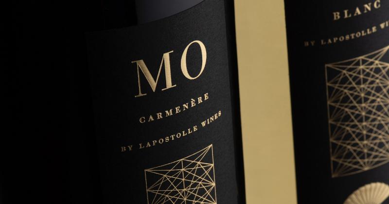 Thiết kế chai rượu riêng MO lấy cảm hứng từ Origami dành cho khách sạn Mandarin Oriental