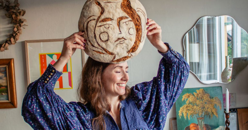 Những ổ bánh mì thủ công được Linda Ring nhân hoá bằng nét vẽ