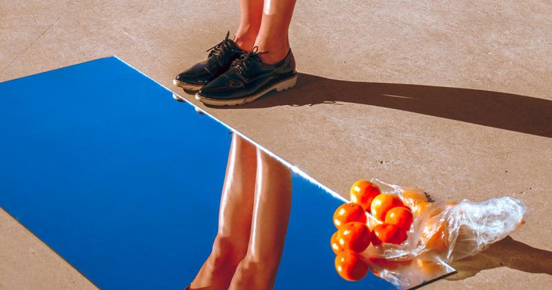 Vẻ đẹp đôi chân qua bộ ảnh 'Leg day' của Reece van der Merwe