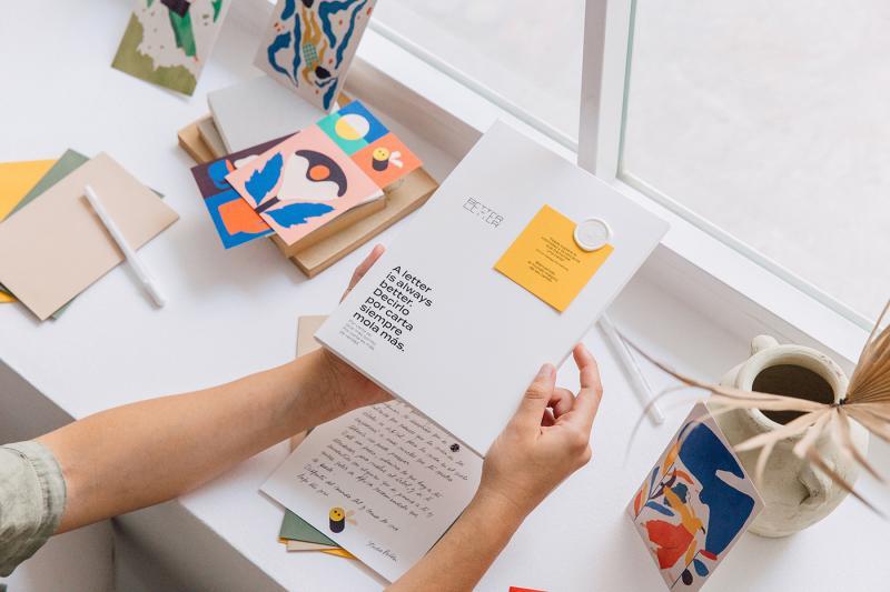 Giấy viết thư Better By Letter: Mỗi lá thư là một món quà