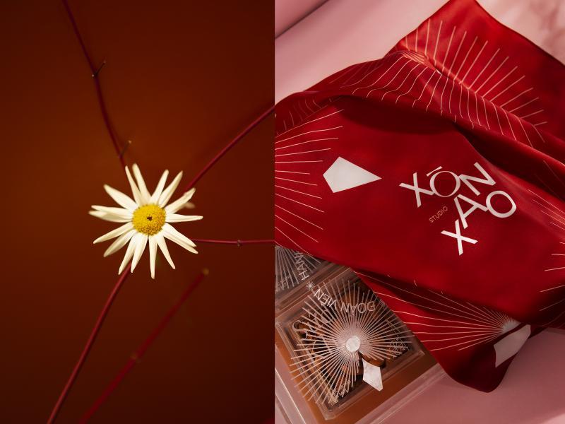 Hé lộ hình ảnh 'ETERNAL BLOOM' - Quà tặng ý nghĩa dành cho 'mọi' dịp Tết