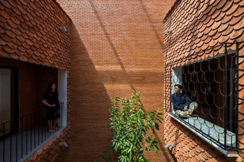 Căn nhà lợp ngói vảy cá nhuốm màu kỷ niệm tại Tây Ninh