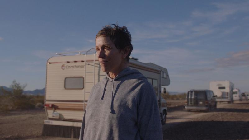 Nomadland - Một nước Mỹ ẩn mình trong bộ phim chiến thắng hạng mục phim xuất sắc nhất của Oscar