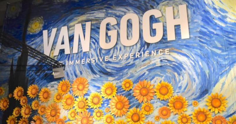 Có gì bên trong thế giới rực rỡ sắc màu của Triển Lãm Van Gogh