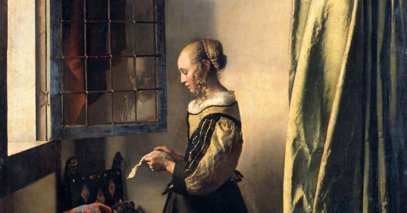 Ta thấy gì trong bức tranh 'Cô gái đọc thư bên cửa sổ đang mở' của Vermeer?
