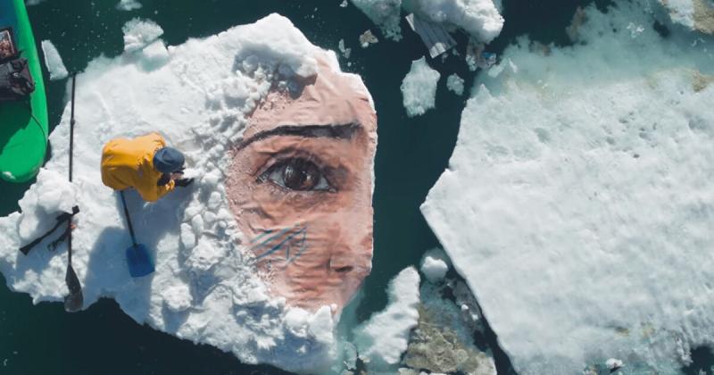 Những bức tranh tường ẩn mình dưới làn nước của Sean Yoro