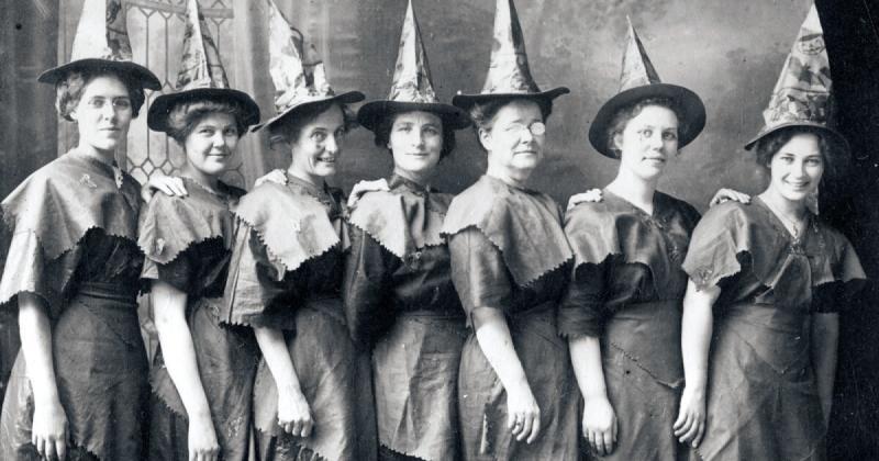 Trang phục Halloween qua các thời đại ở Mỹ trông như thế nào?